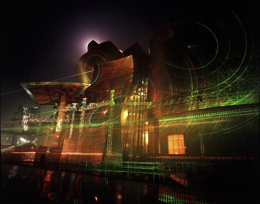 Photon 999 | Hiro Yamagata | Guggenheim Bilbao Museoa