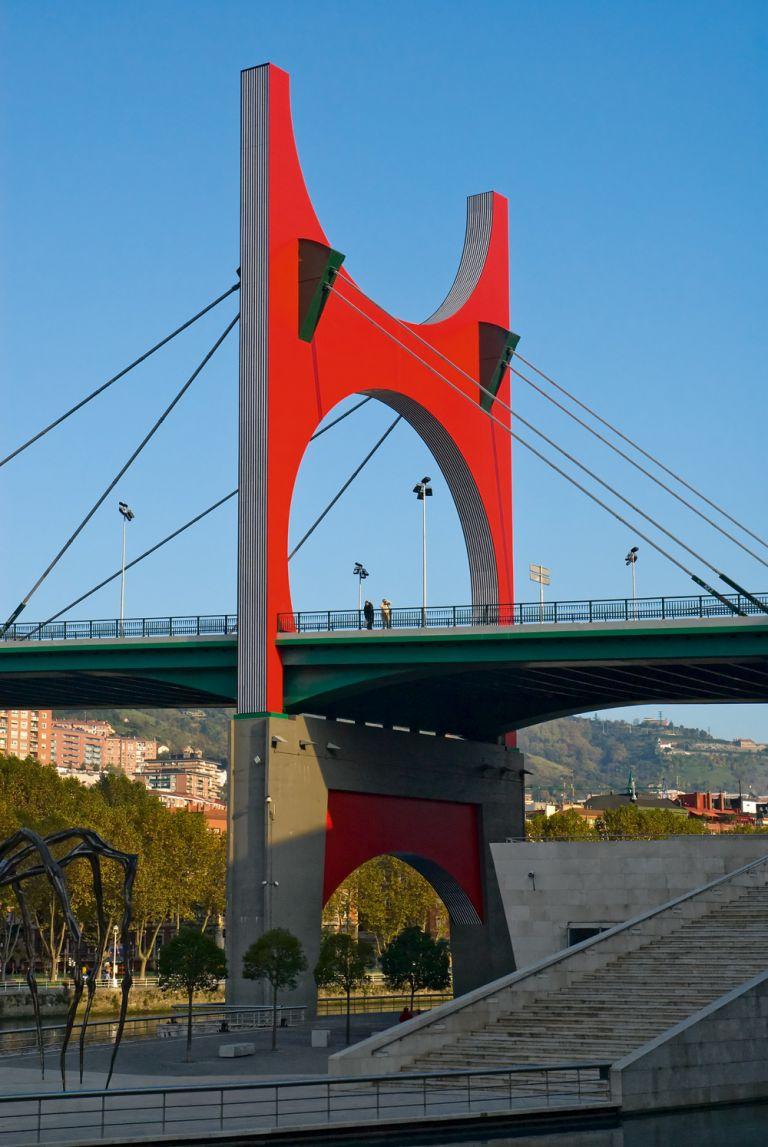 Arcos rojos / Arku gorriak | Daniel Buren | Guggenheim Bilbao Museoa