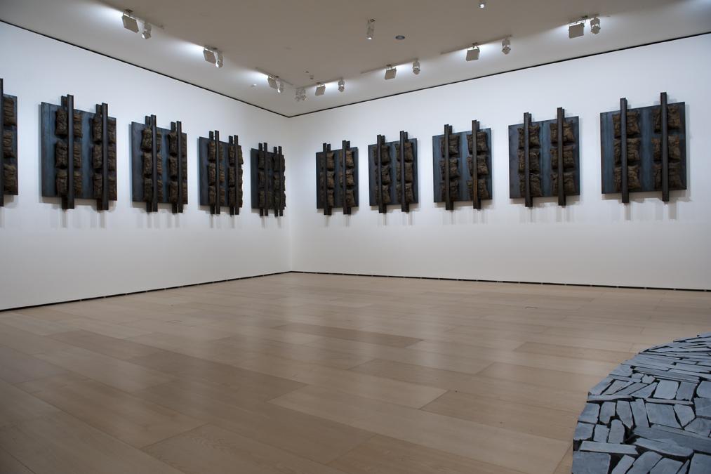 Titulurik gabea | Jannis Kounellis | Guggenheim Bilbao Museoa