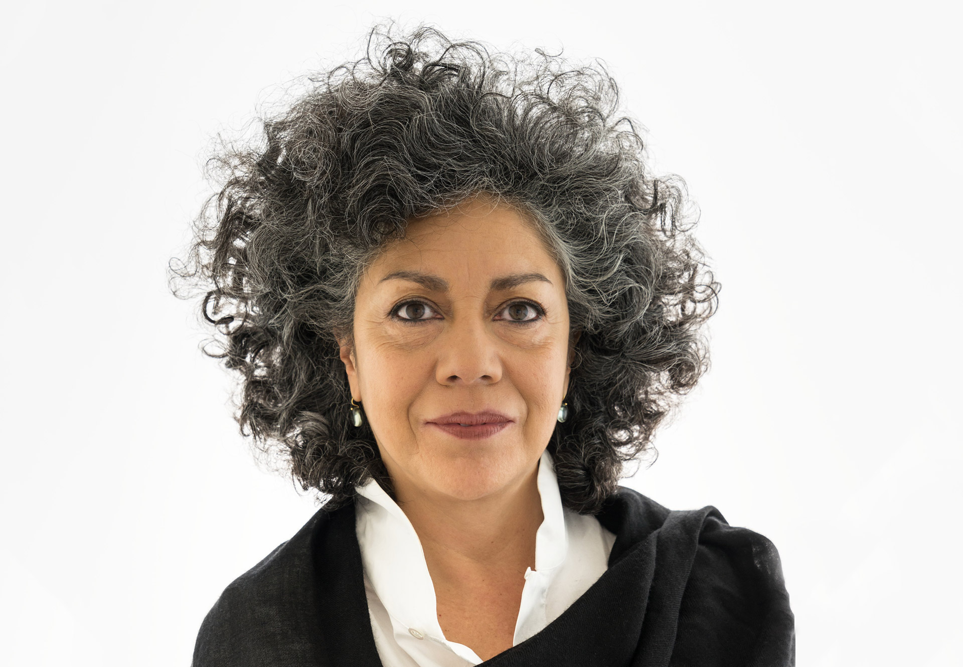 Doris Salcedo | Artistas | Guggenheim Bilbao Museoa