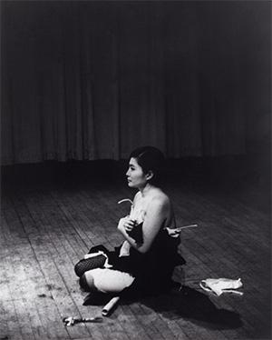 Yoko Ono cut piece 300x374