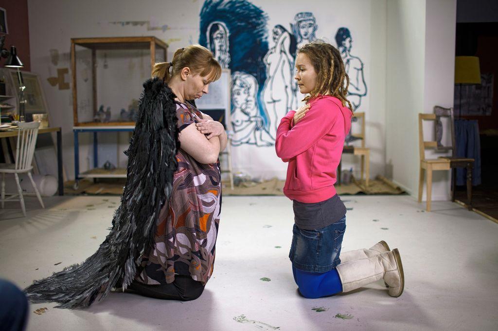 Deikundea | Eija-Liisa Ahtila | Guggenheim Bilbao Museoa