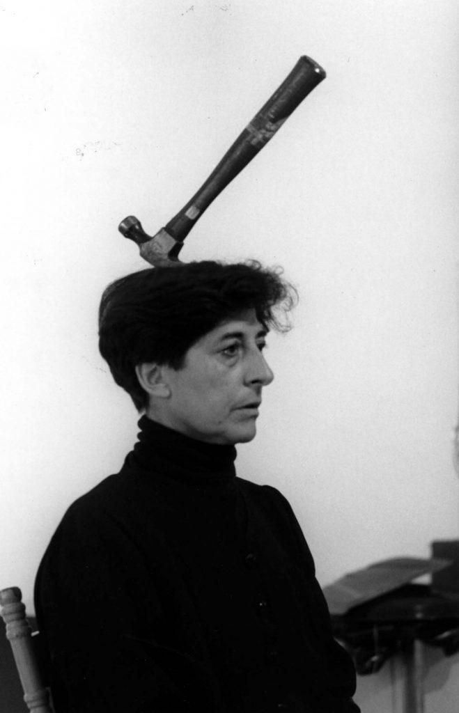 Las cosas | Esther Ferrer | Guggenheim Bilbao Museoa