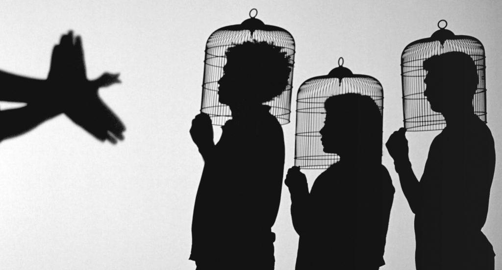 Teatro de sombras | Javier Téllez | Guggenheim Bilbao Museoa