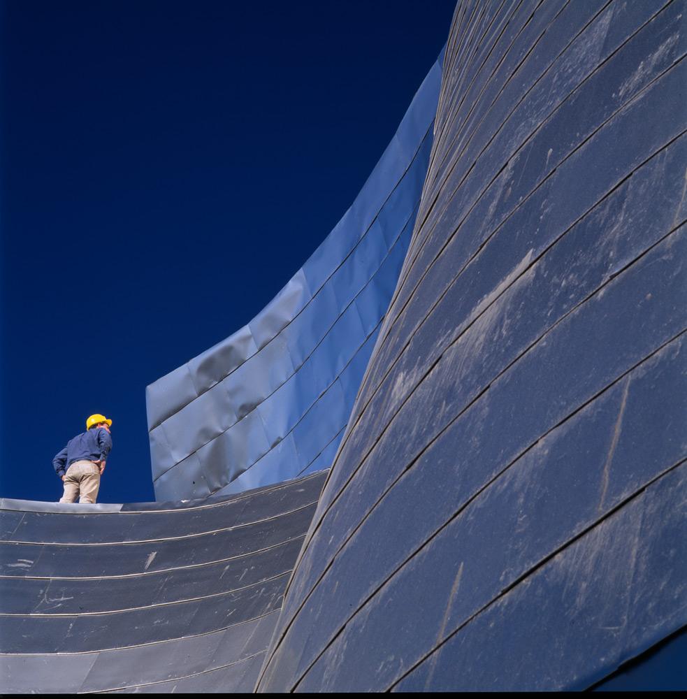 Construcción de las placas del edificio | Guggenheim Bilbao Museoa