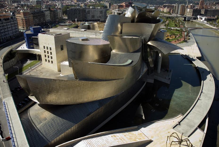 Exterior del edificio a vista de dron | Guggenheim Bilbao Museoa