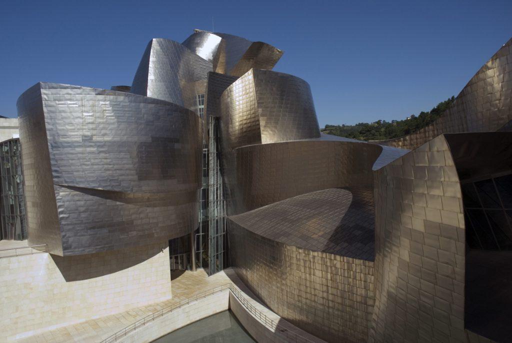 Eraikinaren kanpoaldea | Guggenheim Bilbao Museoa
