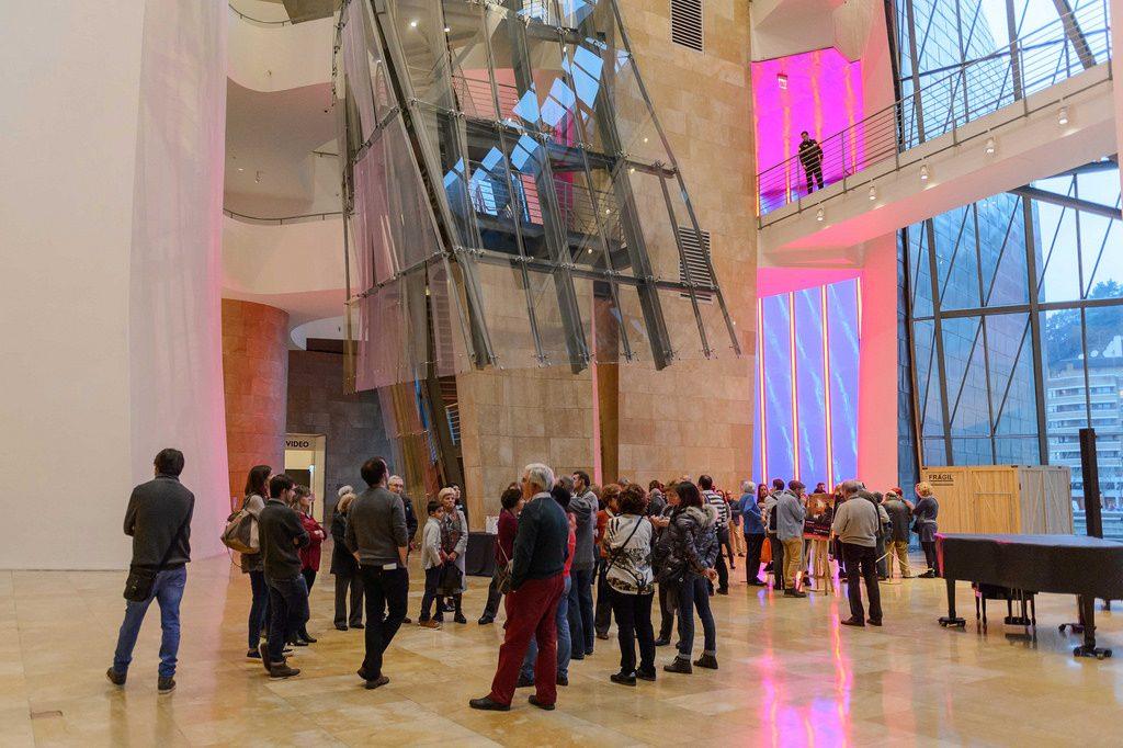 Jornada de puertas abiertas para Amigos del Museo | Guggenheim Bilbao Museoa