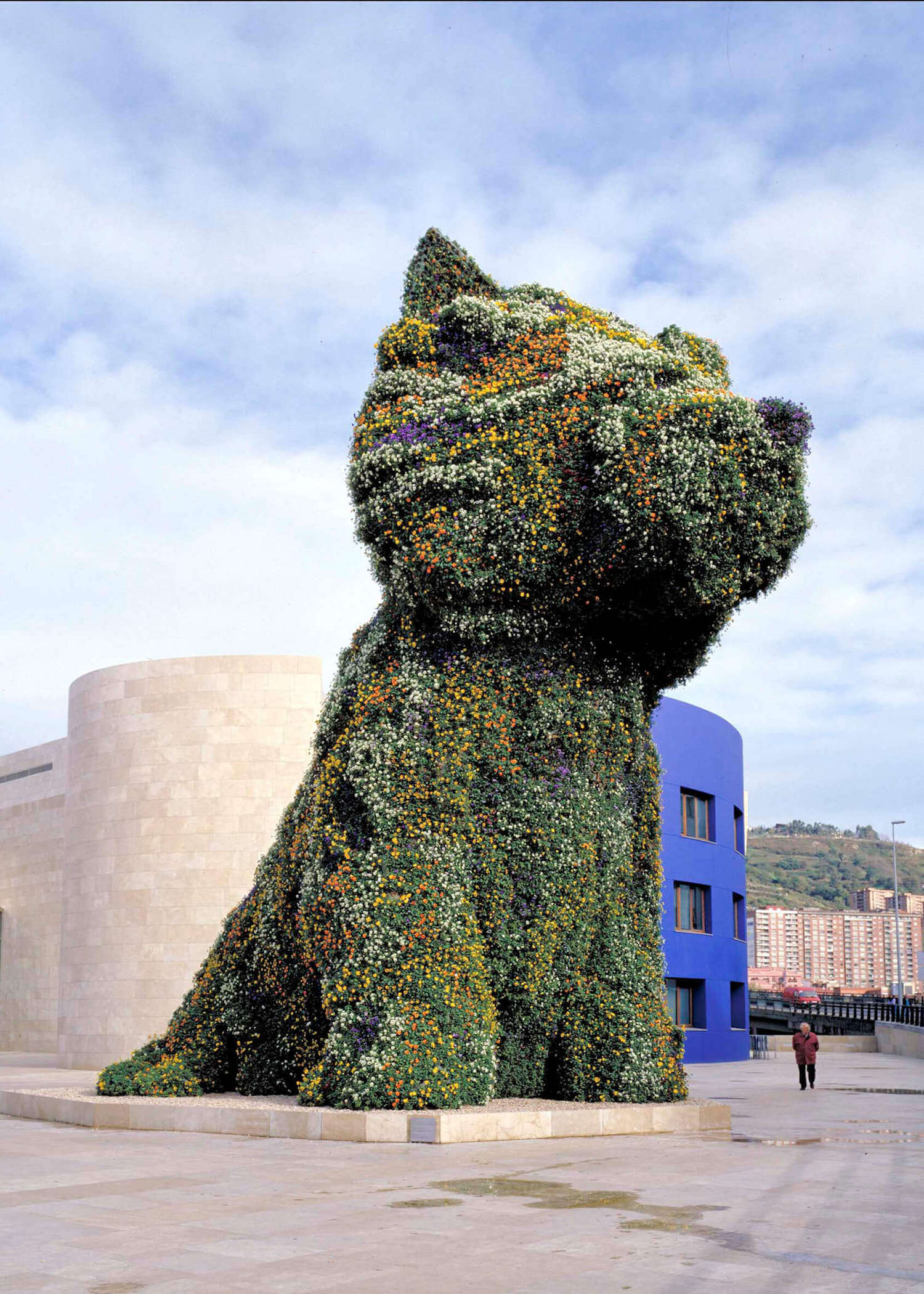 Puppy in green tones | Jeff Koons | Guggenheim Bilbao Museoa