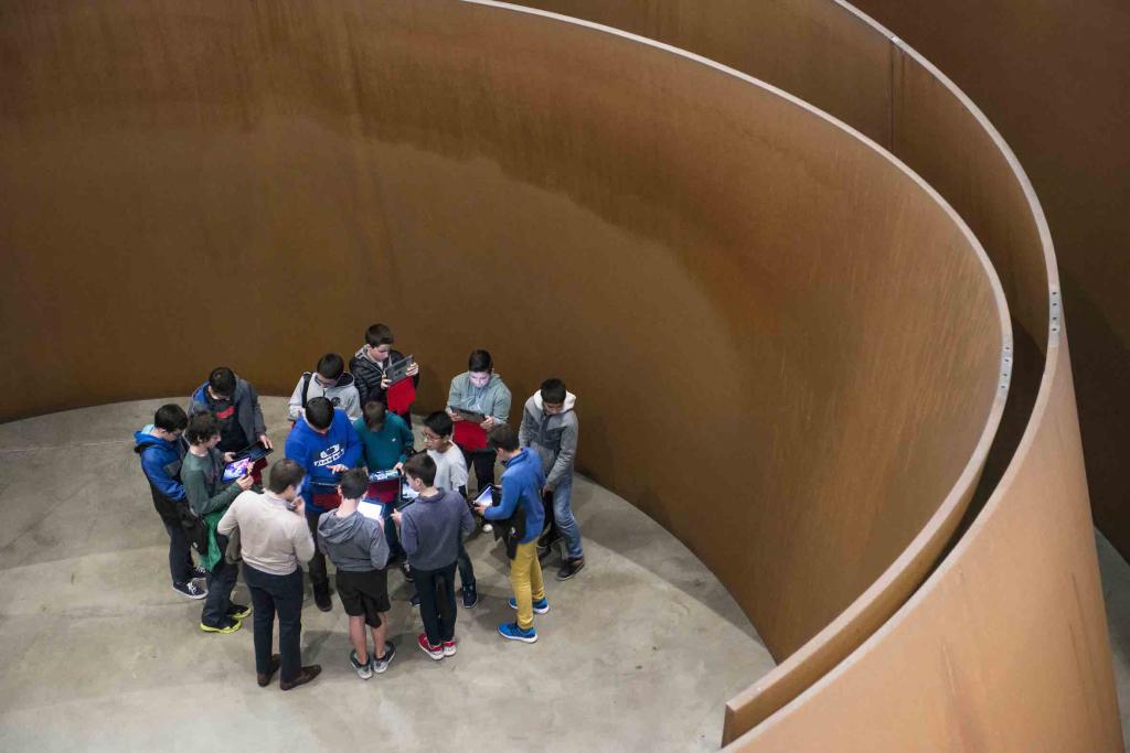 Visites autogérées | Apprenez | Guggenheim Bilbao Museoa