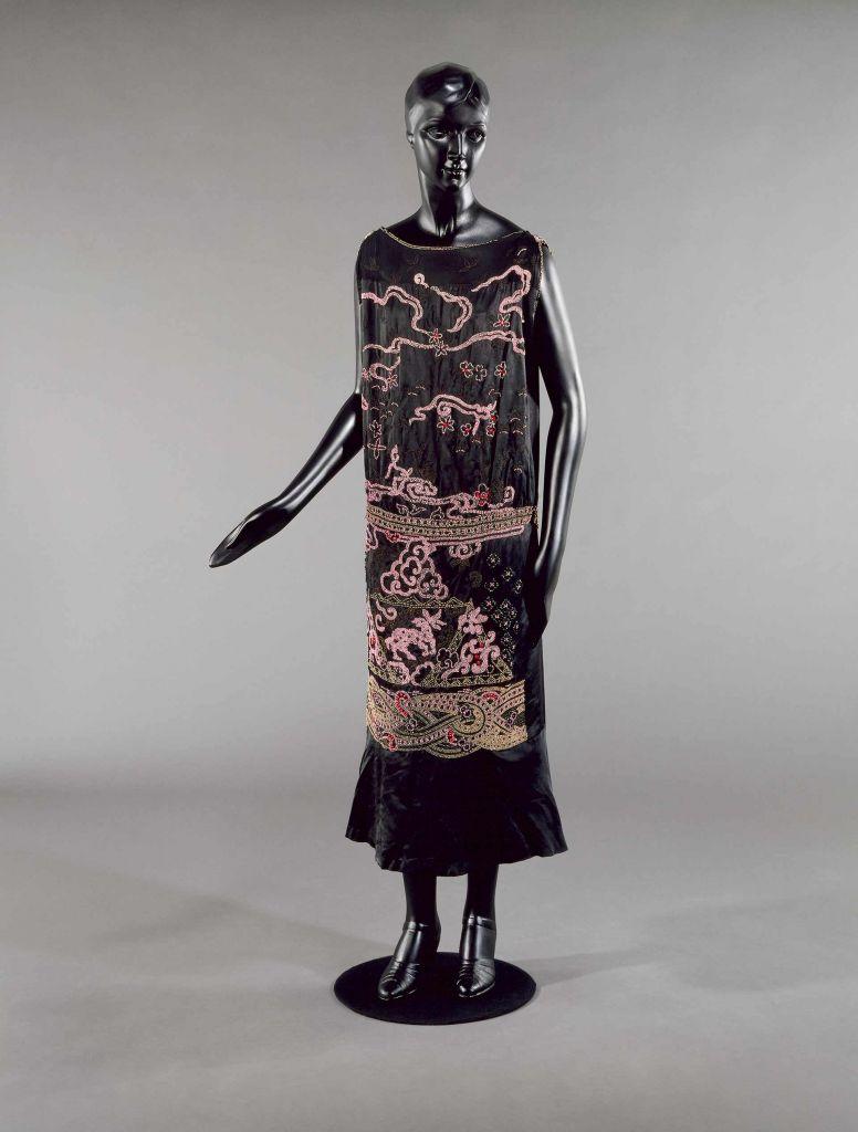"""Vestido """"Nuit de Chine"""", principios de la década de 1920"""
