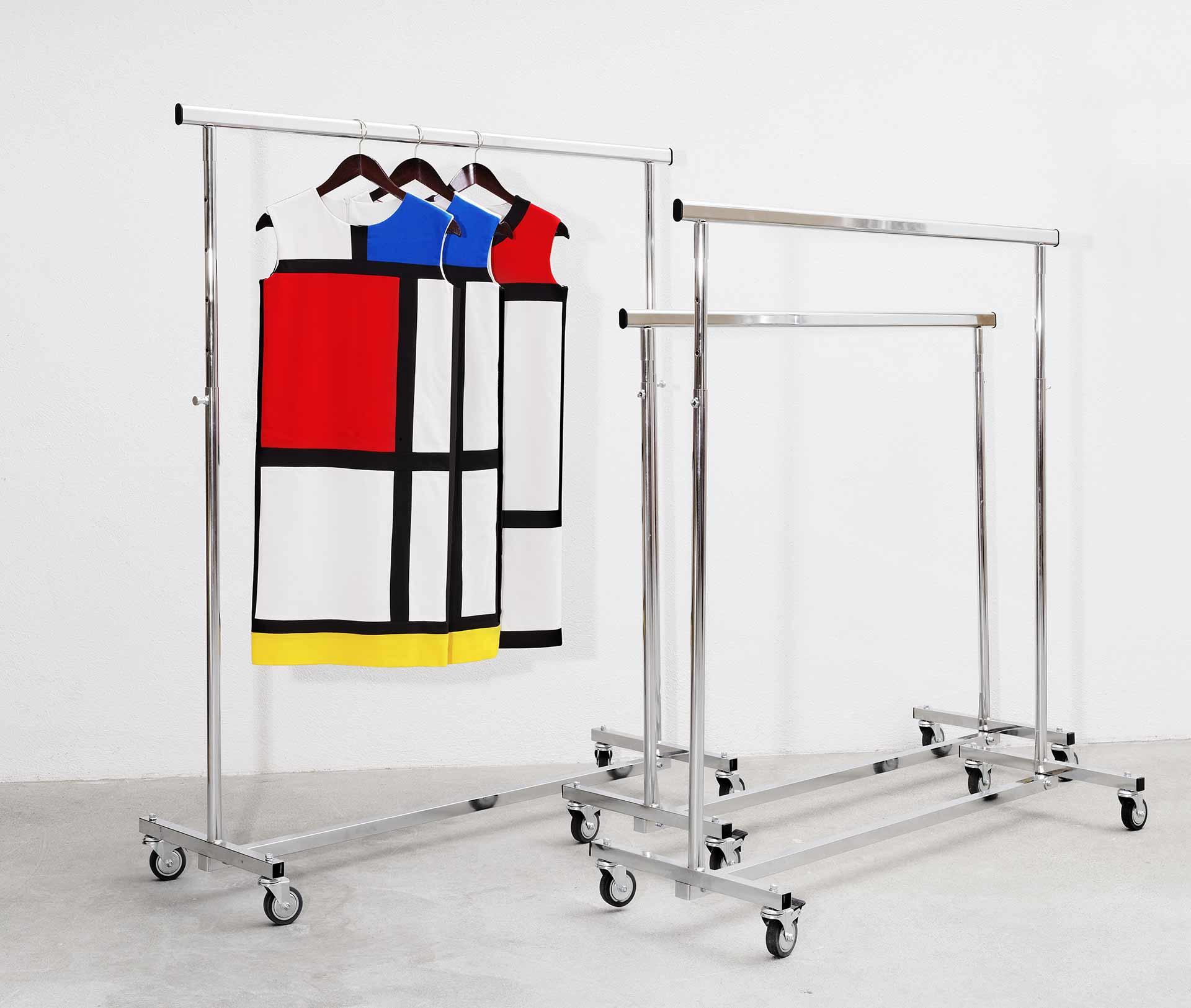 Perchero para el vestido Mondrian